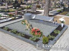memorials_riga.jpg